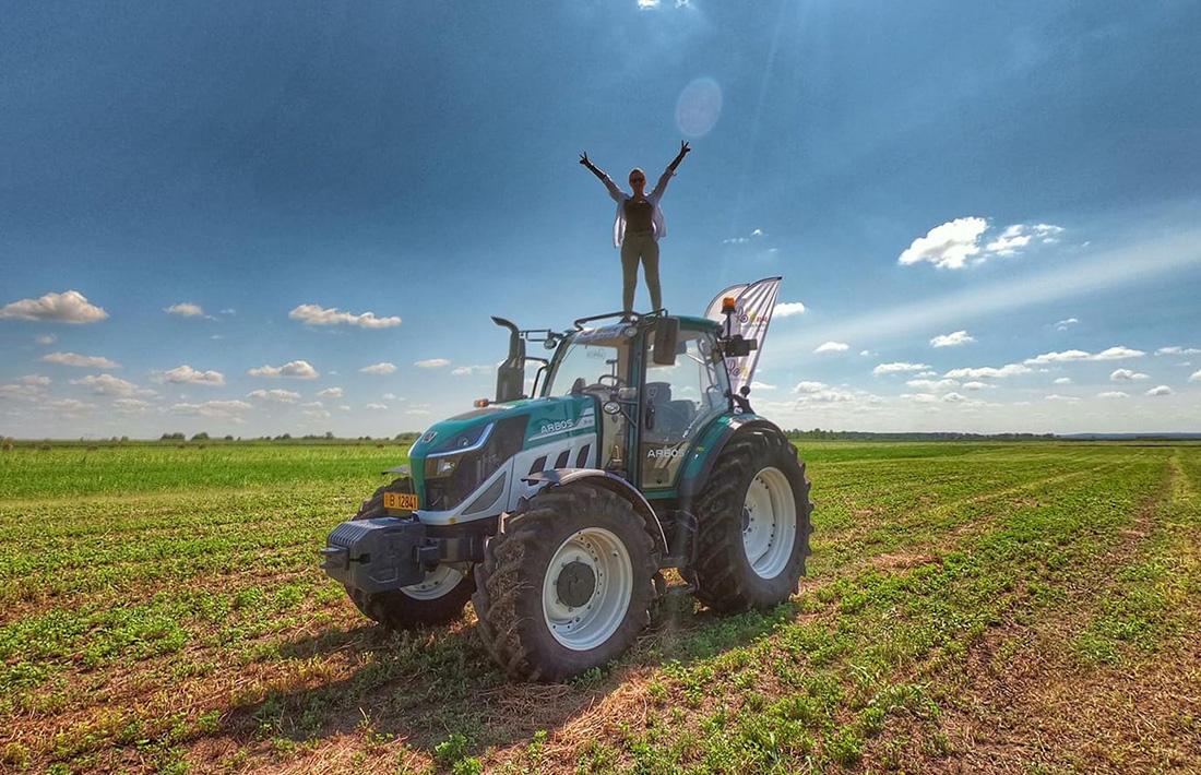 Romania vazuta din tractor